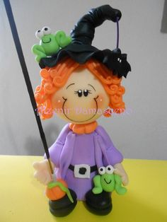 Polymer Clay Kawaii, Fimo Clay, Polymer Clay Projects, Polymer Clay Creations, Clay Crafts, Diy And Crafts, Polymer Clay Halloween, Halloween Doll, Halloween Painting