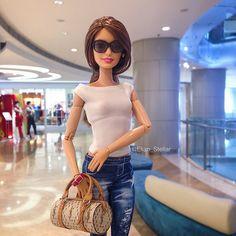 Basics. Teresa . Barbie made to move fashion doll | by Elian Stellar