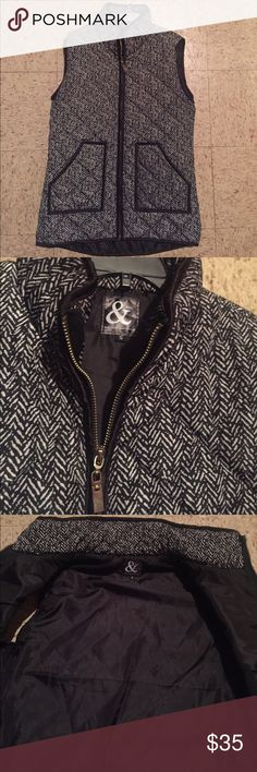 EUC Herringbone Vest - Small Super cute herringbone best worn once. This is perfect to pair with a black and red plaid flannel! Ampersand Avenue Jackets & Coats Vests