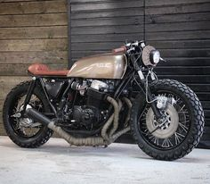 Honda CB750. Trust Me I'm A Biker Please Like Page on Facebook: https://www.facebook.com/pg/trustmeiamabiker Follow On pinterest: https://www.pinterest.com/trustmeimabiker/