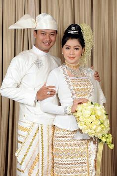 Myanmar wedding dress