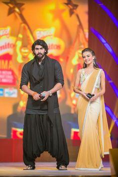 Rana Daggubati gives Amy Jackson an award at SIIMA Awards 2013 Prabhas Pics, Photos, Sai Pallavi Hd Images, Mens Ethnic Wear, Rana Daggubati, Kurta Men, Mens Kurta Designs, Wedding Dress Men, Indian Men Fashion