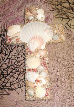 Sea Shells and Pearls Wall Cross