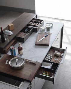 10 Inspiring Modern Kitchen Designs – My Life Spot Home Decor Kitchen, Interior Design Kitchen, Home Kitchens, Interior Modern, Kitchen Modular, Decorating Small Spaces, Decorating Ideas, Decor Ideas, Cuisines Design