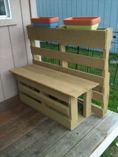 DIY Projects with Old Items | Storage bench made out of old palets | DIY Wood Projects