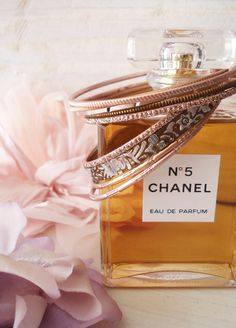 Chanel Every woman should own this perfume at one point in her life. When my grandma passed away I inherited her old bottle of Chanel no 5 parfum, I can still use the dabber & get such a great frangrance! Coco Chanel, Chanel No 5, Baby Chanel, Miss Dior, Photography Tattoo, Perfume Chanel, Gabrielle Bonheur Chanel, Fragrance Parfum, Classy And Fabulous