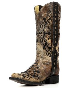 Corral Boots are made by the finest leather craftsmen. Made with the finest material, these black-Bronze leather square toe boots feature black embroidery along the outer side of the foot, upper and h Bota Country, Country Boots, Western Boots, Cowboy Boots, Country Outfits, Cowboy Girl, Western Wear, Heeled Boots, Shoe Boots