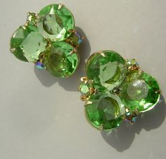Vintage 60s Unsigned Fresh Emerald Green Rhinestone Earrings - Clip Ons - Great Color & Clarity via Etsy