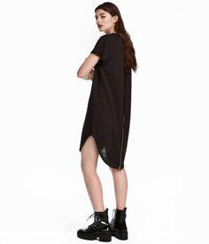 0a20bd2ed41e79 Short dress in burnout-patterned sweatshirt fabric. Raw-edge neckline