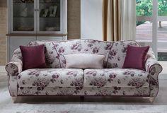 Ο κλασικός σχεδιασμός ισορροπεί αρμονικά με τα υπέροχα υφάσματα, δίνοντας ένα ύφος δυνατό και country στο σαλόνι σας. Λειτουργικότητα μοναδική χάρη στην εύκολη μετατροπή σε κρεβάτι και τον αεριζόμενο, αντιμικροβιακό αποθηκευτικό χώρο.