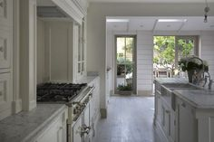 Modern Country Style: Swedish/French Style Victorian House Tour-Dulux Chalky Downs Victorian Kitchen, Victorian Homes, Victorian Farmhouse, Vintage Homes, Victorian Interiors, Beautiful Kitchens, Beautiful Homes, Dream Kitchens, Victoria Terrace