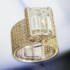 Chopard - fancy cut diamond surrounded by pavé canary diamonds