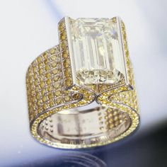 Chopard - fancy cut diamond surrounded by pavé canary diamonds