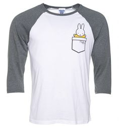 Carry Miffy wherever you go compliments of this awesome baseball tee. Must have for all fans of the famous Dick Bruna creation.