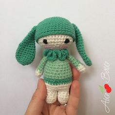 Tuto crochet : Tiny Lalylala, mes petits amis amigurumi - Alice Balice - couture et DIY loisirs créatifs Crochet Amigurumi, Amigurumi Patterns, Amigurumi Doll, Crochet Dolls, Crochet Stitches, Crochet Baby Hats, Crochet Gifts, Crochet Blanket Edging, Amigurumi