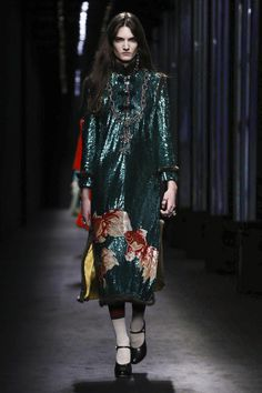 LIVESTREAMING: The Gucci Fashion Show, ready-to-wear collection Fall Winter 2016 runway show in Milan