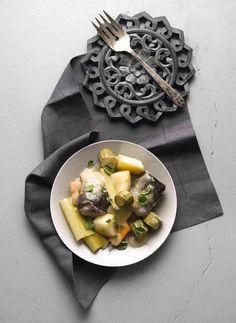 Φιλέτο πέστροφας ρολό με σάλτσα λαχανικών