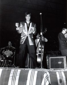 Elvis Presley Rocks Ottawa Auditorium - April 3 1957
