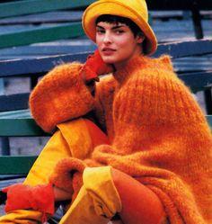 Lara Rossingnol for Flare magazine, September Clothing by Perry Ellis. Orange Mode, 80s And 90s Fashion, 20th Century Fashion, Orange Fashion, Linda Evangelista, Knitwear Fashion, Perry Ellis, Costume, Fashion Models