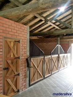 Barn Stalls, Horse Stalls, Dream Stables, Dream Barn, Rinder Stall, Miniature Horse Barn, Luxury Horse Barns, Equestrian Stables, Horse Barn Designs