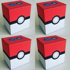 Pokémon go doosje - Print je Traktatie pokemon go doosje There are many rumors about the history of Pokemon Valentines Box, Pokemon Birthday Card, Valentines Card Holder, Valentine Boxes For School, Valentines For Boys, Valentines Day Party, Diy Pokemon, Pokemon Gifts, Pokemon Party