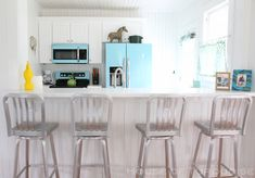 beach cottage kitchen | Jane Coslick