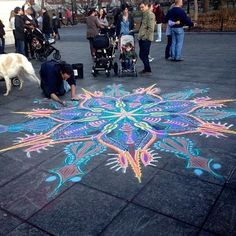 Mandala Pattern made with Chalk Street Art, Sidewalk Chalk Art, Chalk Drawings, My Tumblr, Art Plastique, Graphic, Art Inspo, Les Oeuvres, Amazing Art