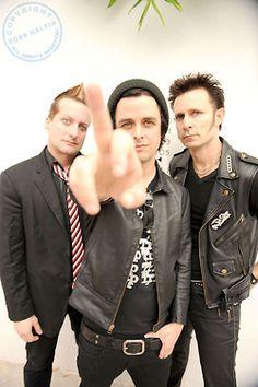 Love these guys soooooo much!!! Trè Cool, Billie Joe Armstrong & Mike Dirnt.