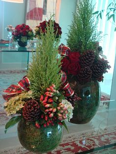 Decorate with fresh evergreens for Christmas. Christmas Vases, Christmas Centerpieces, Rustic Christmas, Xmas Decorations, Christmas Holidays, Winter Floral Arrangements, Christmas Flower Arrangements, Winter Planter, Christmas Craft Projects