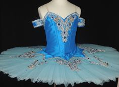 This elegant and stylish blue tutu is ideal for the role of the Sapphire Fairy in Sleeping Beauty, but also for the role of Princess Florina in the Blue Bird pas de Deux and Variation. The silk bodice