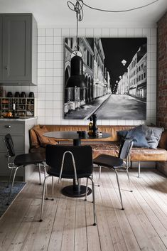 Old parquet and bricks for a charming Swedish apartment - PLANETE DECO a homes world - Old parquet and bricks for a charming Swedish apartment – PLANETE DECO a homes world - Decoration Inspiration, Interior Inspiration, Scandinavian Style, Swedish Decor, Nordic Style, Sweet Home, Industrial Style, Home Kitchens, Home Furnishings