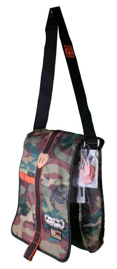 Crunchyroll - Store - Harajuku Lovers Army Of Lovers Messenger Bag