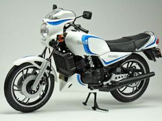 RZ350 in the UK RD 350 LC