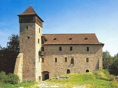 Hrad/burg LITICE -CZ Prague, Czech Republic, Notre Dame, Travel Inspiration, Places To Visit, European Countries, Mansions, House Styles, Building