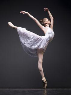 elegantballetDaria Ionova, Vaganova Ballet Academy student, photographed by Darian Volkova Ballet Images, Ballet Pictures, Dance Images, Dance Pictures, Vaganova Ballet Academy, Grace Beauty, Dance Poses, Ballet Photography, Ballet Dancers
