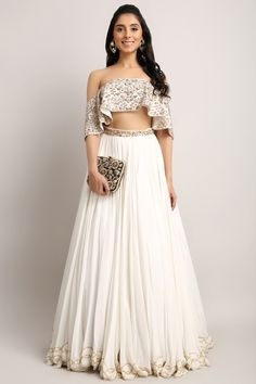 Shop The Look - Pernia Qureshi: Designer Shop The Look - Pernia Qureshi Kurta Sets, Dresses, Lehengas, Anarkali, Tops Buy Online Indian Fashion Designers, Indian Designer Wear, Pakistani Outfits, Indian Outfits, Indian Clothes, Chanya Choli, Asian Inspired Wedding, Stylish Blouse Design, Indian Couture