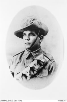 When they returned home, Aboriginal servicemen faced the same amount of discrimination or worse than before the war. 18 Powerful Photos Of The Forgotten Indigenous Soldiers Of World War I Aboriginal History, Aboriginal Culture, Aboriginal Art, Aboriginal Education, Commonwealth, World War I, World History, Indigenous Education, History Magazine