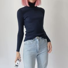 ⚡️⚡️ Cute vintage ribbed turtleneck roll neck jumper in navy ⚡️⚡️ size 6-8 stretchy. In perfect condition, no flaws. Instant buy is on! ✨