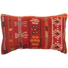 Coussin kilim rouge Lumbar C042 Kilim Pillows, Decoration, Artisanal, Bags, Vintage, Bedroom, Design, Inspiration, Shopping