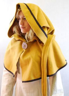 Hood with border and buttons