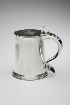 Benjamin Wynkoop (bap. 1675-1751), Tankard, ca. 1712. Silver. New-York Historical Society, Gift of Mrs. Arthur T. Sutcliffe, 1952.109