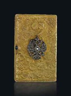 A JEWELLED GOLD AND SILVER SAMORODOK CIGARETTE CASE MARKED MOROZOV WITH IMPERIAL WARRANT, MOSCOW, 1908-1917