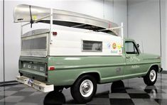 1971 Ford Pick-Up with Green Mist Shade exterior, and Camper Top over bed with a Canoe Rack. F100 Truck, C10 Chevy Truck, Truck Camper, Old Pickup Trucks, Hot Rod Trucks, Cool Trucks, Truck Shells, Camper Shells, Classic Ford Trucks