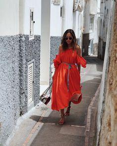 "4fd2d92097b6 Aimee Song on Instagram: ""Capri leftovers. Always love a red moment.  http://liketk.it/2p4UK @liketoknow.it #liketkit"""