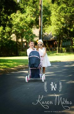 Afternoon stroll in the park. Children's photo session. DFW family  photographer.   Copyright Photos by Karen Matos