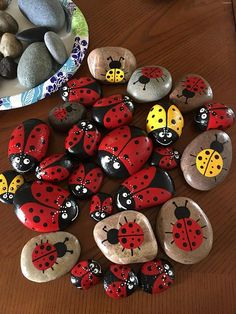 Hand painted rocks etsy rock painting patterns, rock painting d Rock Painting Patterns, Rock Painting Ideas Easy, Rock Painting Designs, Paint Designs, Pebble Painting, Pebble Art, Stone Painting, Diy Painting, Stone Crafts