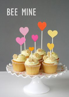 Bee Mine Valentine Party - CUTE cute CUTE decorating ideas for all different holidays!