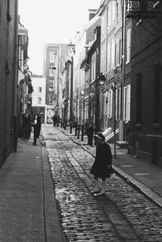 ©F.D. Little girl in This Street