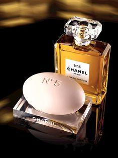 Grandmas signature perfume ! Love it classy Chanel No 5 @}-,-;--