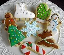 More ideas for decorated christmas sugar cookies! Christmas Sugar Cookies, Christmas Sweets, Noel Christmas, Christmas Goodies, Holiday Cookies, Christmas Baking, Holiday Baking, White Christmas, Christmas Biscuits